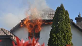Der Brand im Einfamilienhaus in Lohn-Ammansegg forderte keine Todesopfer.