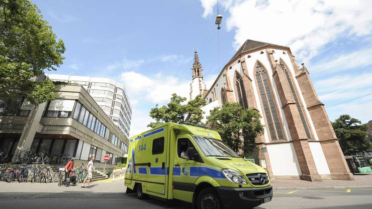 Die Sanität Basel rückt auch zu Einsätzen in den angrenzenden Baselbieter Gemeinden aus.