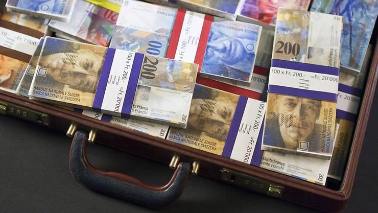 """Das Geld für die """"Waisenkinder aus Afrika"""" stammte von Betrugsopfern. (Symbolbild)"""