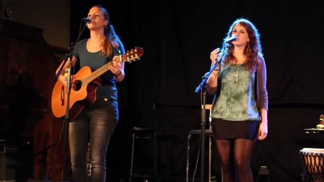 Biberister Band Gibberish singt «Royals» von Lorde
