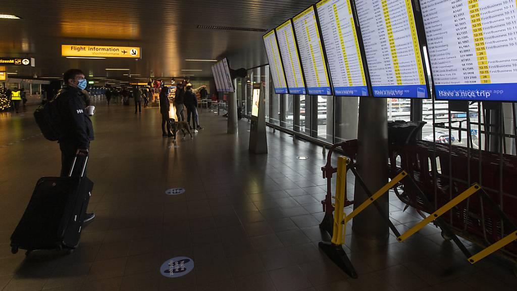 Die Niederlande verschärfen ihre Reiseregeln.