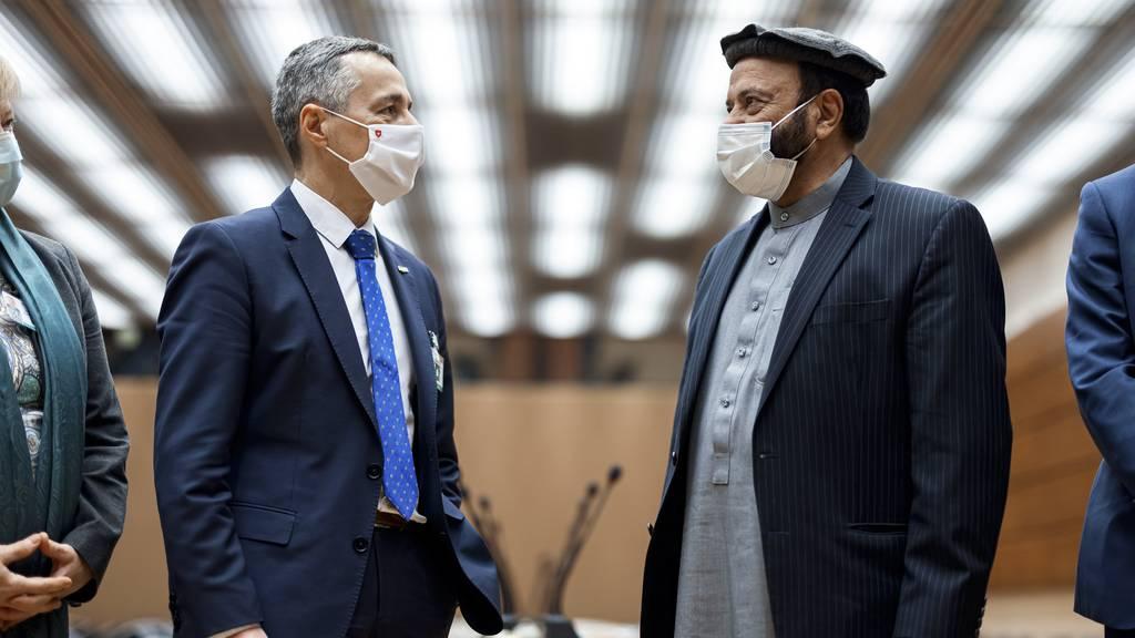Cassis eröffnet die internationale Afghanistankonferenz