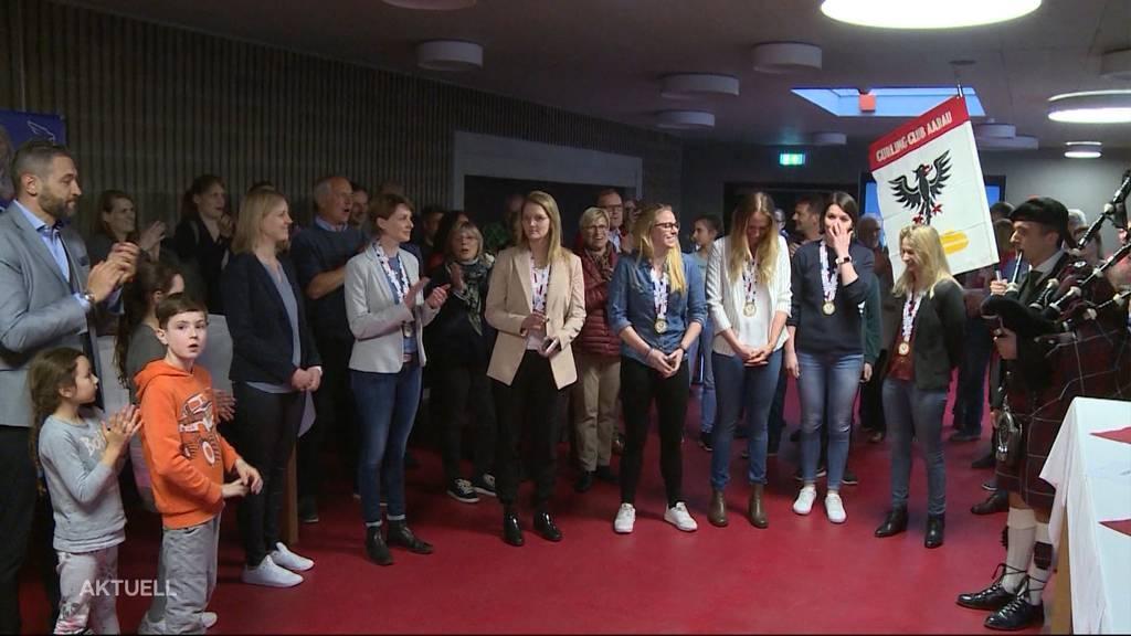 Grosser Empfang für Gold-Curlerinnen