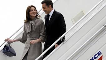 Fliegen gratis erste Klasse: Nicolas Sarkozy und Carla Bruni.