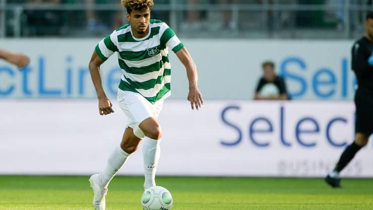 Der 20-jährige Innenverteidiger Yannis Letard im Testspiel gegen Celtic Glasgow.