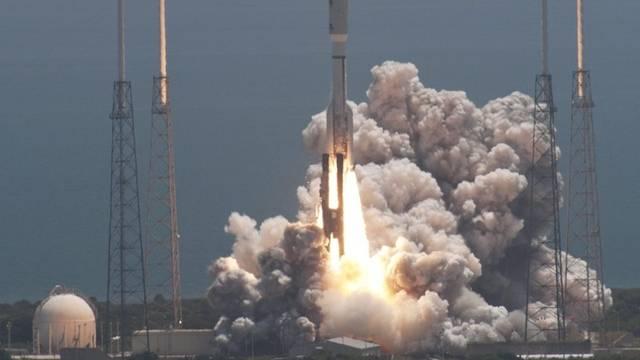 """Gelungener Start: Die NASA-Raumsonde """"Juno"""" soll neue Informationen zum Jupiter liefern"""