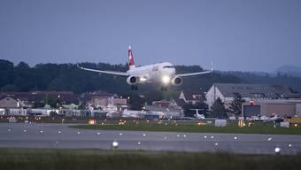 Am Abend des 1. August landen die Flugzeuge ausnahmsweise von Norden auf dem Flughafen Zürich.