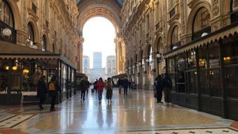 Die Einkaufspassage Galleria Vittorio Emanuele in Mailand war gestern beinahe leer.