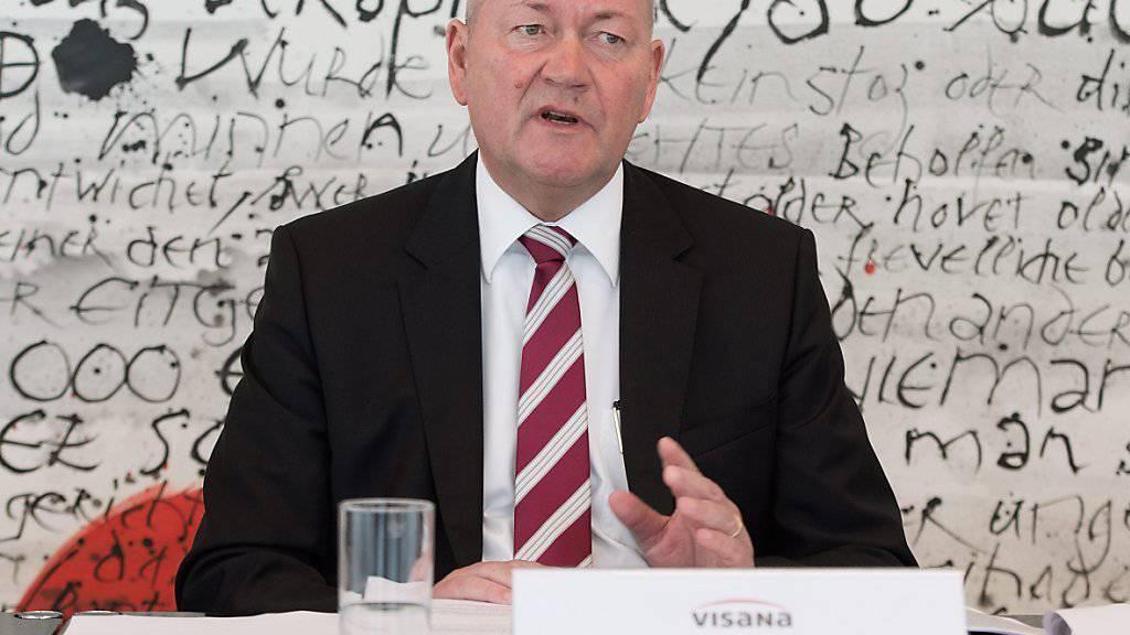 Der verstorbene Visana-Chef Urs Roth bei einem Medienauftritt im Jahr 2013. (Archivbild)