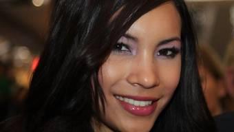 Miss Earth 2010 kocht fürs Schweizer Fernsehen (Archiv)