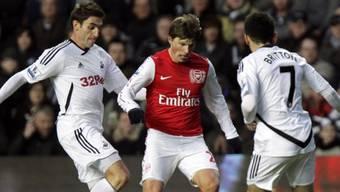 Arsenals Andrei Arschawin kann Niederlage nicht verhindern.