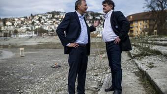 Abseits vom Rasen gehen sie gemeinsame Wege und kämpfen für ein Fussballstadion, André Dosé und Ancillo Canepa.