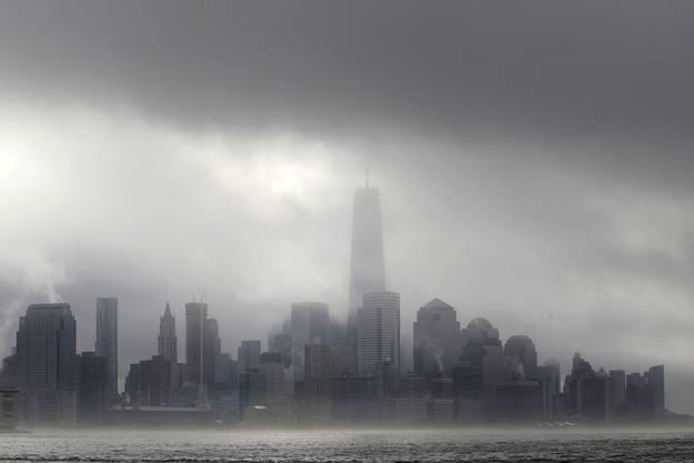 Atemberaubende New Yorker Skyline: Das eröffnete World Trade Center nimmt eine imposante Position ein.