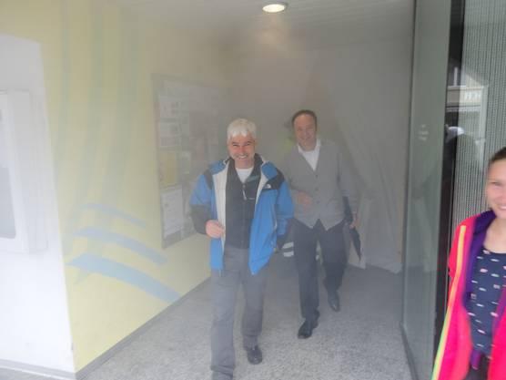 Atemschutzposten im Durchgang der Clientis Bank im Thal