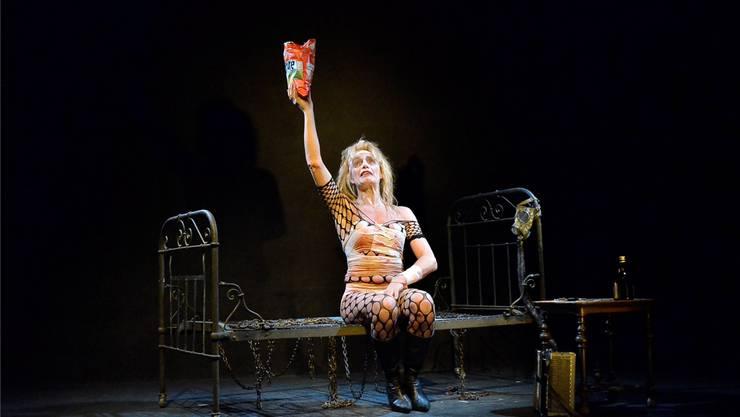 Stella Palino im 40-Jahre-Jubiläumsstück «Die Mücke widerspricht» im ThiK Baden am 26. Januar 2019. Foto: Daniel Vizentini