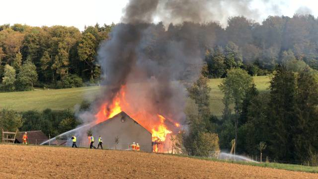 Kirchbözberg: Einfamilienhaus von Flammen komplett zerstört