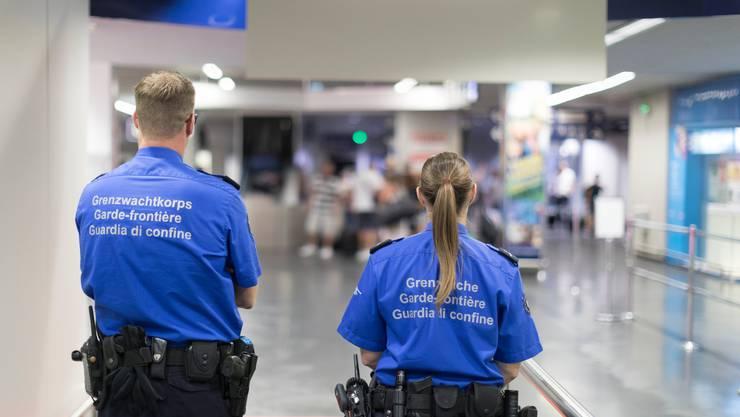 Die ausgebürgerte Genferin darf die Schweizer Grenze nicht mehr überqueren.