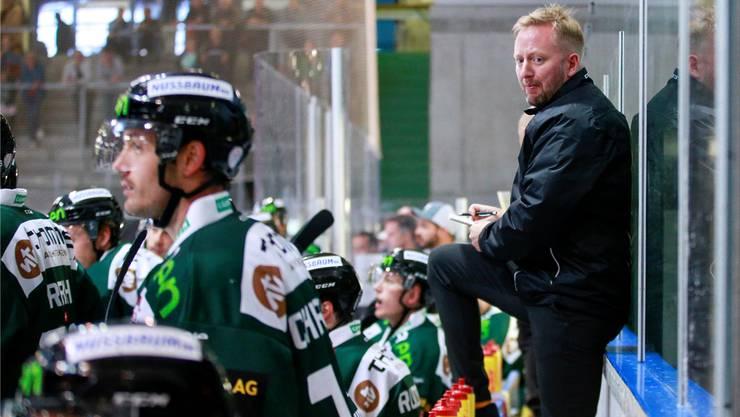 Haben noch viel Arbeit vor sich: Trainer Fredrik Söderström und seine Mannschaft. Bild: Marc Schumacher/freshfocus