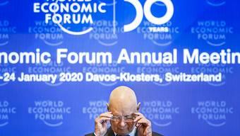 Die Klimaaktivisten wollen auf ihrer Wanderung bis nach Davos marschieren und dort demonstrieren. Im Bild WEF-Gründer Klaus Schwab.