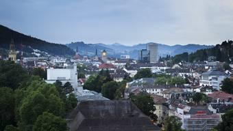 Die Schweizer Städte erwarten wegen der Coronakrise starke Einbussen bei den Einnahmen. (Symbolbild)