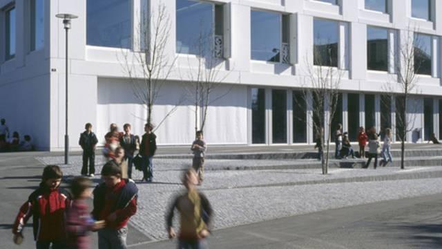 Kinder und Jugendliche sollen auch ausserhalb von Vereinen gefördert werden (Archiv)