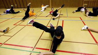 Beim Streetdance-Workshop machten die Teenager fleissig mit.
