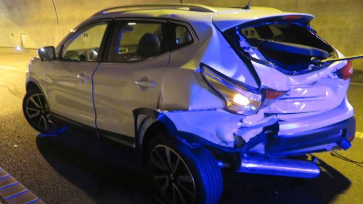 Sein Auto krachte in das vor ihm fahrende Fahrzeug, beide Fahrer mussten ins Spital.