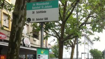 Die Haltestelle «Im Wasenboden/Bahnhof St. Johann» bei den UPK.