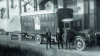 Eine undatierte Aufnahme aus den Anfängen des Möbelhauses Pfister.
