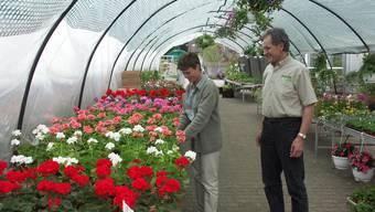Die Gewerkschaft Unia protestiert gegen die schlechten Löhne im Gartenbau. (Archiv)