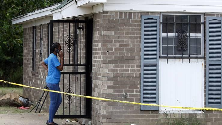 In diesem Wohnhaus in in Memphis starben neun Bewohner durch ein Feuer.