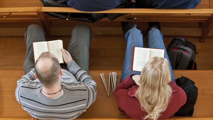 Höhere Löhne trotz Minus im Budget: Die Kirchensynode der Reformierten Kirche Kanton Zürich genehmigte am Dienstag das Budget 2021. (Symbolbild)