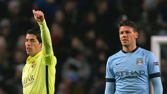 Beisst hier Luis Suarez im Spiel gegen Manchester City zu?
