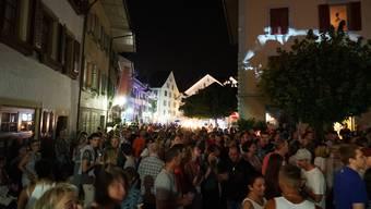 Das Gassenfest vor vier Jahren lockte zahlreiche Besucher in die Mellinger Altstadt.