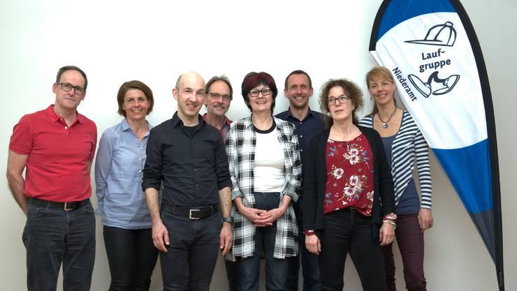 Von links nach rechts: Ruedi Künzli, Regula Hermann, Manuel Habegger, Christian Schacher, Evelyne Scheuss, Marc Widmer, Ariane Gross, Karin Kissling