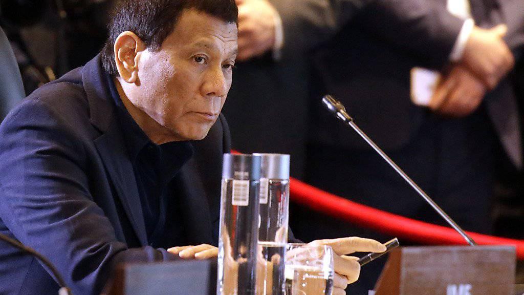 Der philippinische Präsident Rodrigo Duterte hat wichtige Treffen verschlafen.