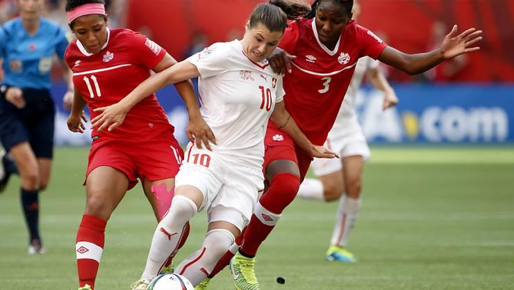 Ramona Bachmann (Bildmitte) schaffte es ins All-Star-Team der WM 2015