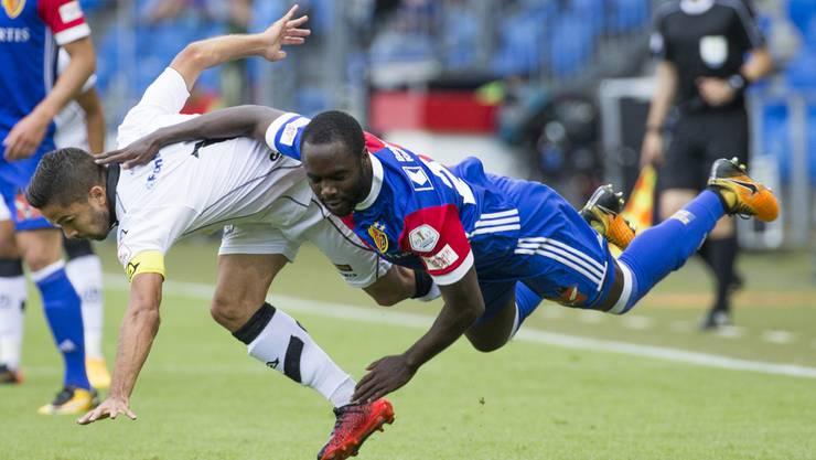 Zuletzt angeschlagen, jetzt gesperrt: In der Liga muss der FCB noch drei Spiele auf Eder Balanta verzichten. Für Mittwoch und das Spiel in Moskau rechnet Raphael Wicky aber fest mit ihm.