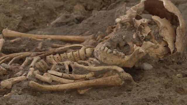 Archäologische Entdeckung neben St. Niklaus Kathedrale