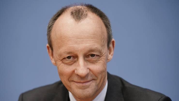 Hat Covid-19 überstanden - und feuert gegen seinen Kontrahenten Armin Laschet: CDU-Mann Friedrich Merz.