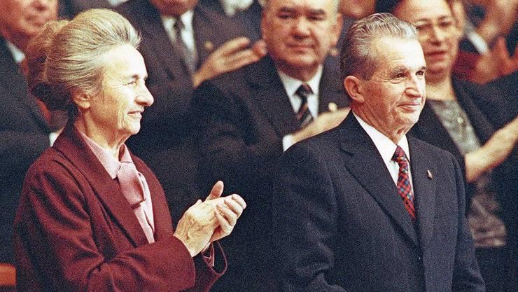 Im November 1989 war die Welt für Elena und Nicolae Ceausescu noch in Ordnung.Bild: Keystone