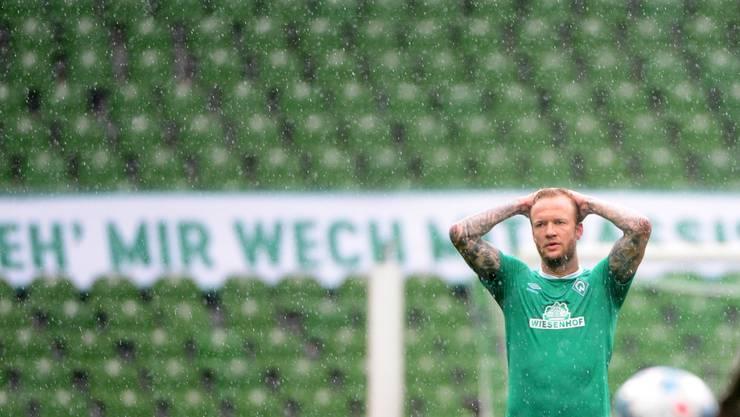 Den Bundesliga-Klubs fehlen nicht nur die Zuschauer, sondern offenbar auch 150 Millionen Euro an TV-Geldern