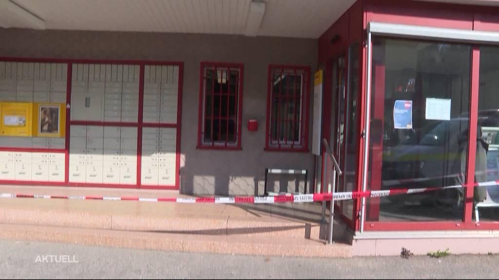 Murgenthal (AG): Maskierter Räuber überfällt Postfiliale