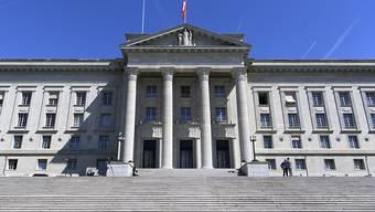 Das Bundesgericht hat die Sicherheitshaft eines wegen Sexualdelikten verurteilten Lehrers bestätigt. (Archivbild)
