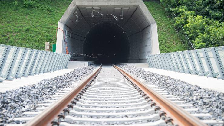 Blick in den neuen Ceneri-Basistunnel bei Camorino.