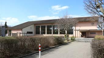 Die Mehrzweckhalle 1958 in Frick ist sanierungsbedürftig. Dennis Kalt
