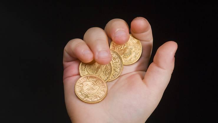 Obwohl unsicher ist, wie viel Rentengeld die Schweizer dereinst in der Hand halten werden, stösst das Thema Vorsorge auf wenig Interesse. (Symbolbild)