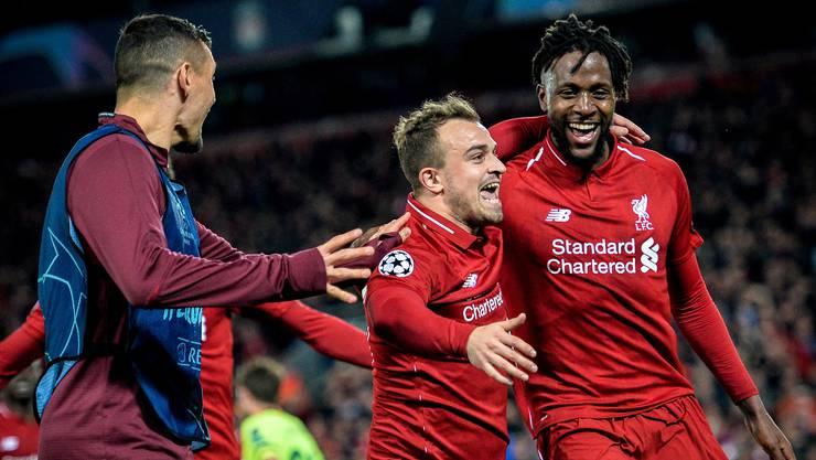 Xherdan Shaqiri feiert mit Divock Origi das 4:0 gegen Barcelona – Liverpool wirft Barcelona mit einem 4:0 aus der Champions League und zieht ins Final ein.