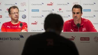 Torhüter Diego Benaglio an der Pressekonferenz der Schweizer Nati.