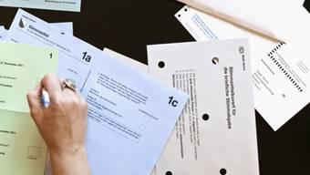 Abstimmungen sollen laut Regierungsrat unter Einhaltung der Hygienevorschriften des Bundes weiterhin möglich sein.
